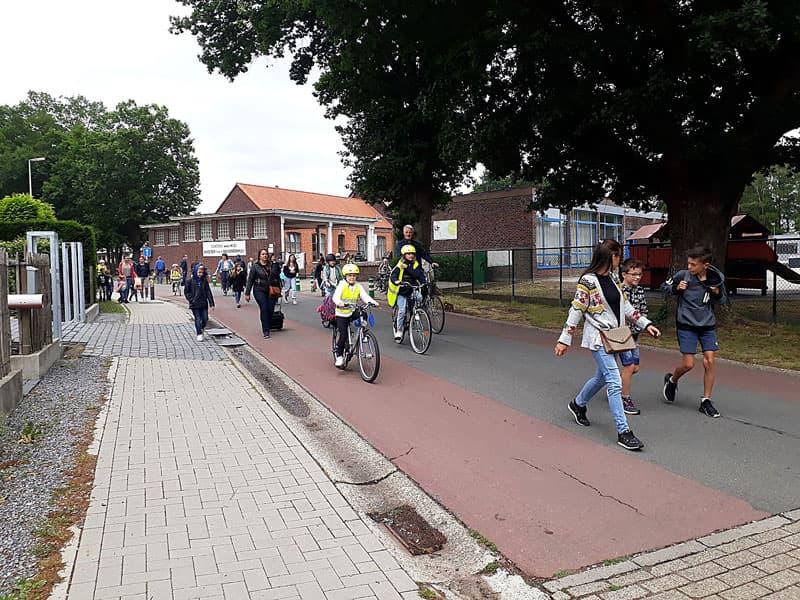 Primeur voor Bolderberg : de eerste schoolstraat in Heusden-Zolder !
